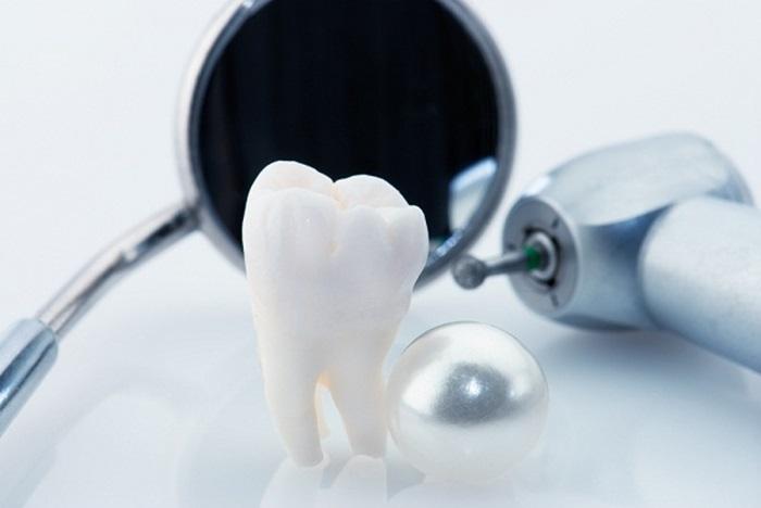 Nhổ răng hàm bằng kỹ thuật gây tê hiện đại không đau 2
