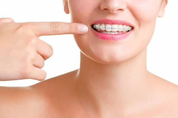Kết quả hình ảnh cho tự tin và sự an tâm mà răng cấy ghép