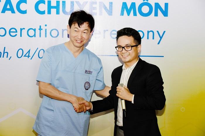 Nha khoa Kim ký kết hợp tác với WAUPS và Biotem 7