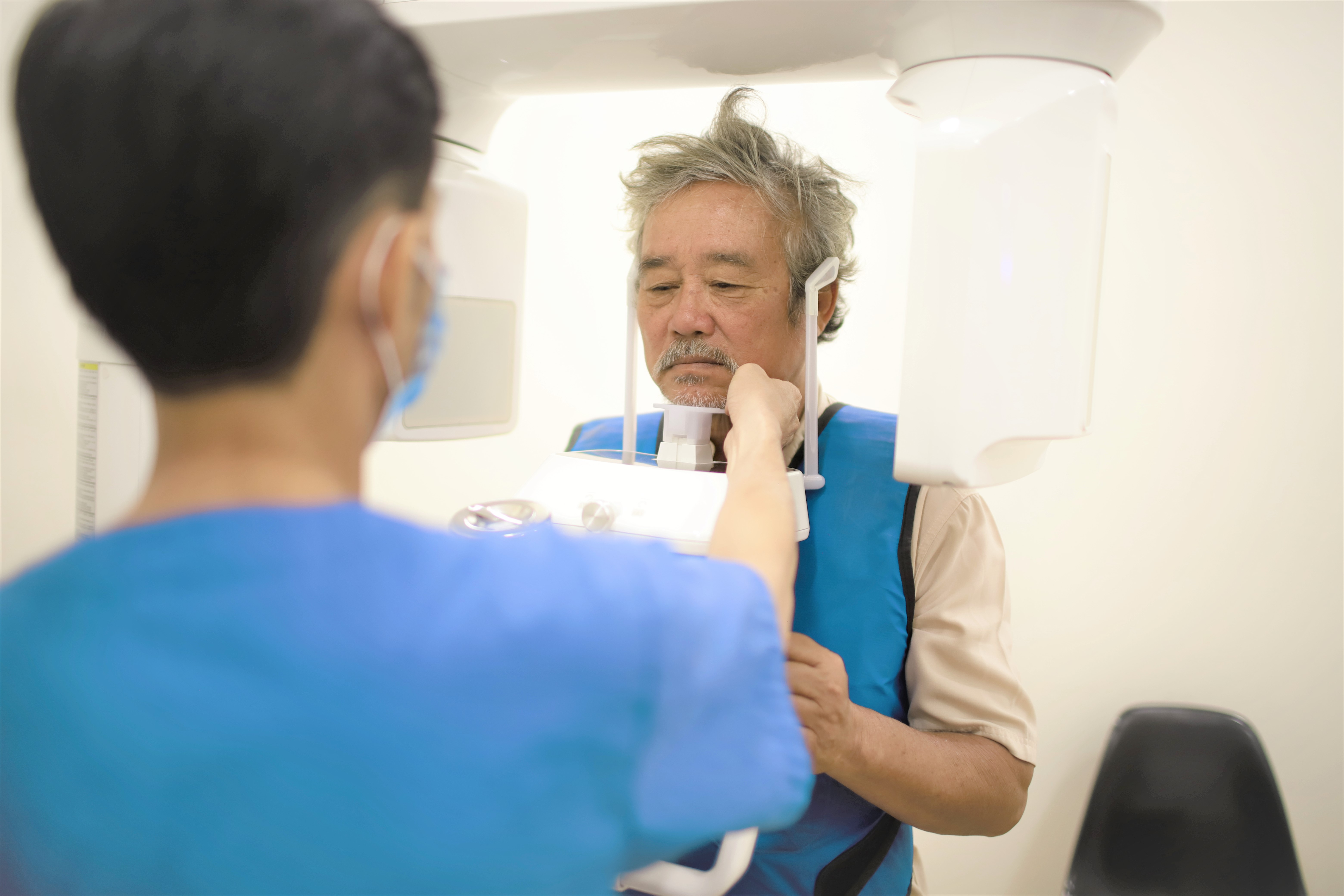 Lắp răng giả bằng hàm tháo lắp hiệu quả, bền đẹp lâu dài 3
