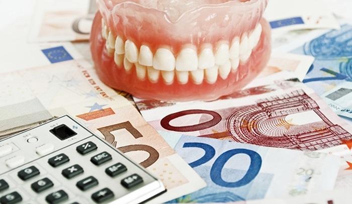 Bọc răng sứ trả góp – Giải pháp thanh toán linh hoạt cho khách hàng 2