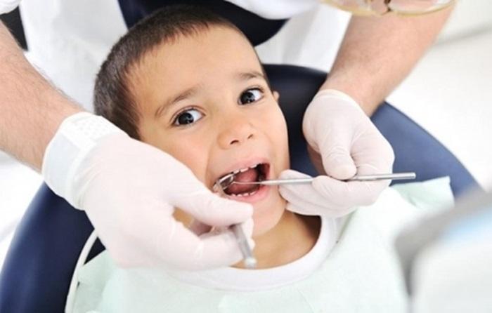 Làm răng cho bé và những thông tin cha mẹ cần lưu ý 2