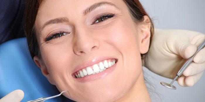 Địa chỉ làm răng ở đâu tốt và uy tín - 4 Tiêu chí giúp bạn lựa chọn 1