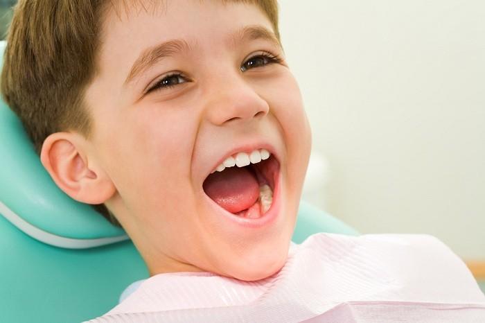 Hàn răng cho trẻ và những thông tin cha mẹ nên nắm rõ 1
