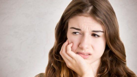 Trám răng có đau không? Có ảnh hưởng gì không?