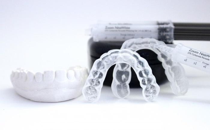 Máng tẩy trắng răng – Cách tẩy trắng răng tại nhà đơn giản, hiệu quả cao 3