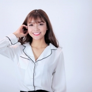 Hot girl, người mẫu Tuyết Trinh