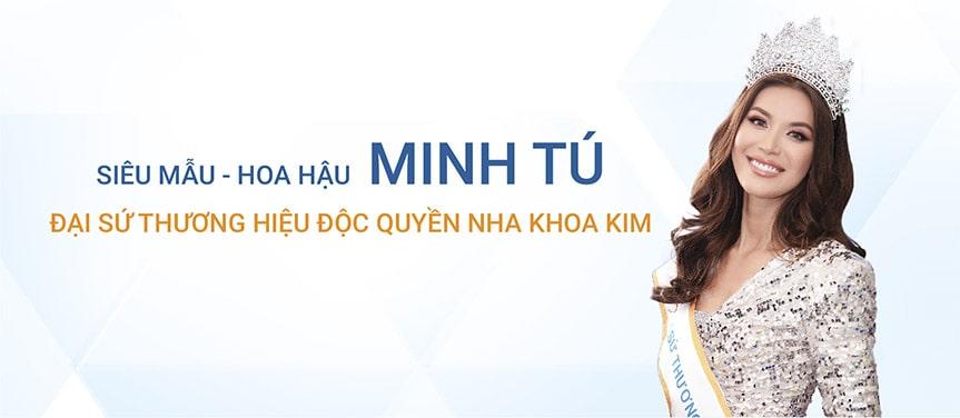 Siêu mẫu Minh Tú