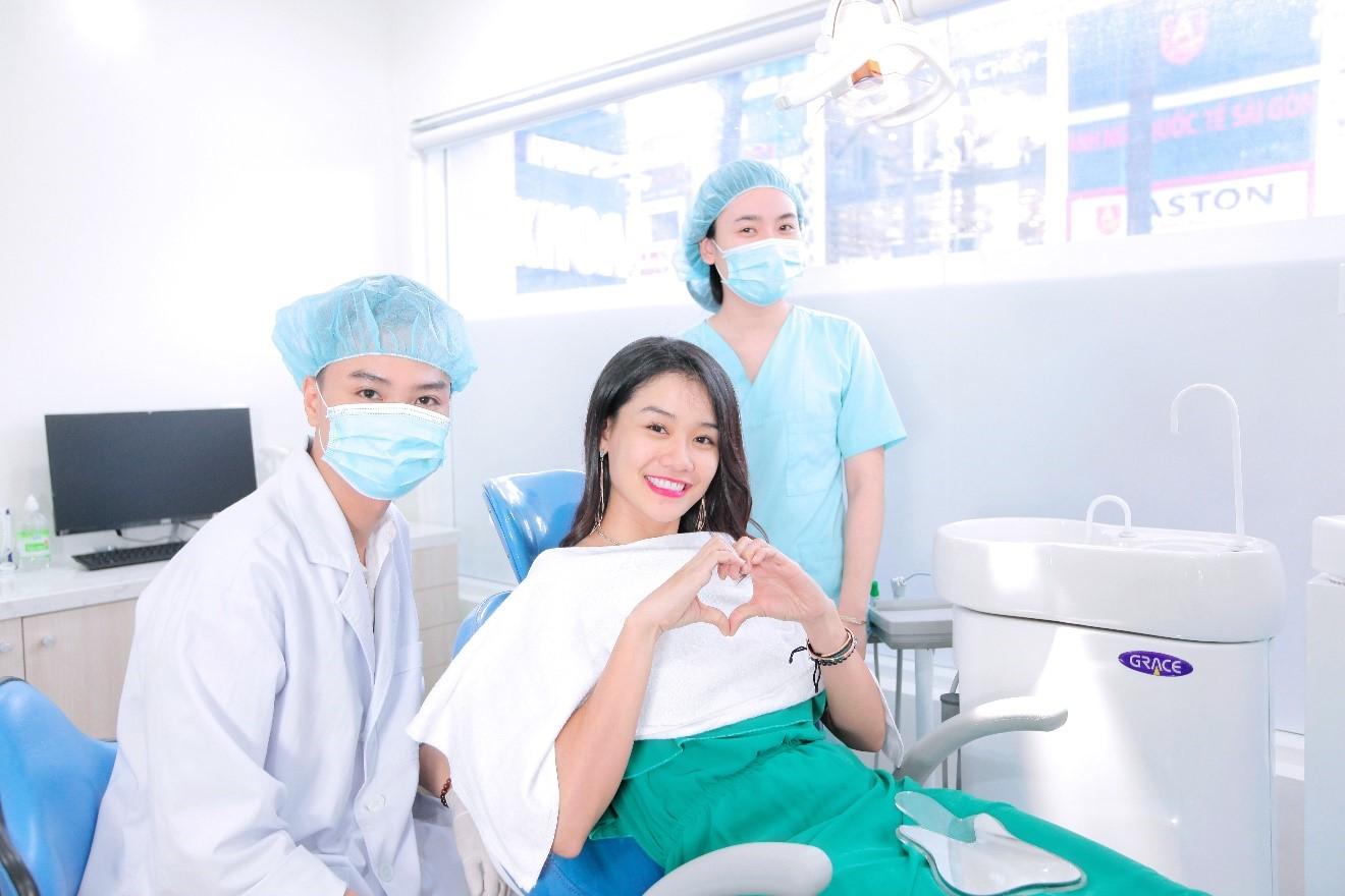 Khách hàng luôn cảm thấy an tâm khi đến thăm khám và điều trị tại Nha khoa Kim - Nha khoa top 100 thế giới