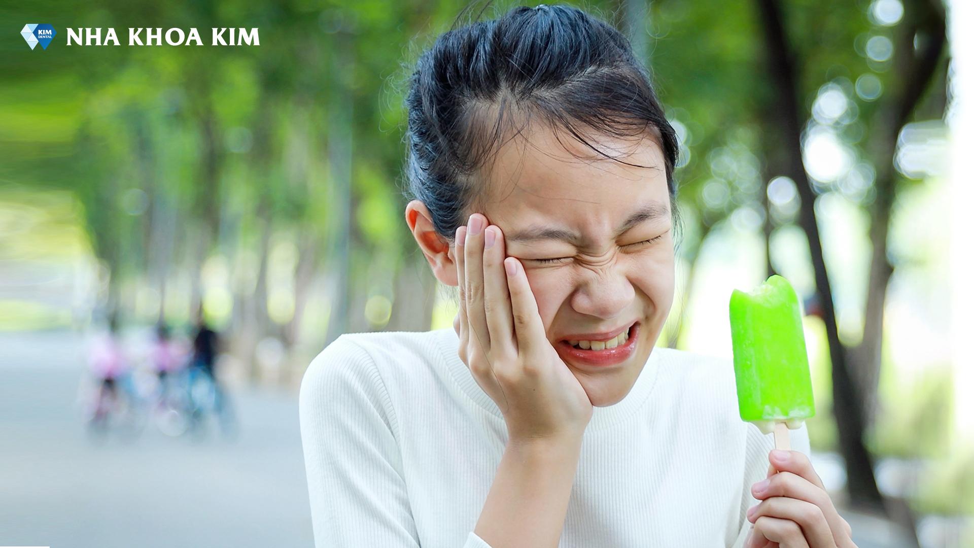 chăm sóc răng sứ 1