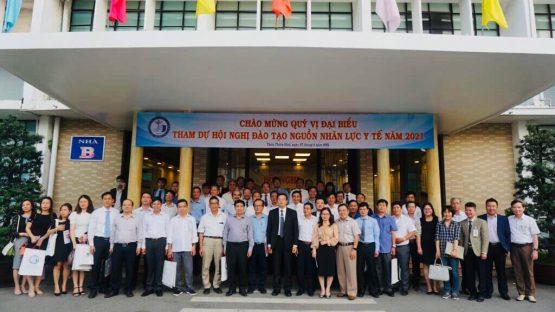 Nha Khoa Kim và Đại học Y Dược Huế ký kết hợp tác nâng cao chất lượng nguồn nhân lực bác sĩ nha khoa